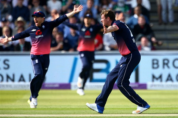 England players in happy mood after pick wickets