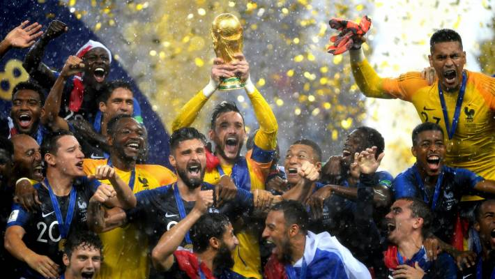 France 2018 fifa world cup champions with trophy